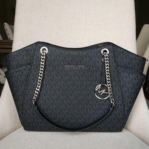 NWT Michael Kors LG Chain shoulder Bag tote black